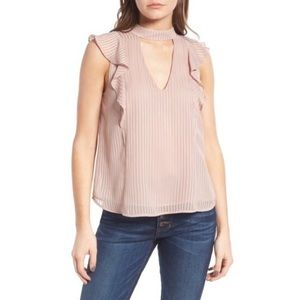 ASTR | Ruffled Top